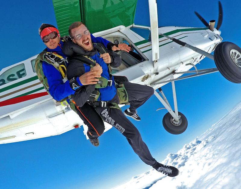 Saut en tandem à 3000 mètres