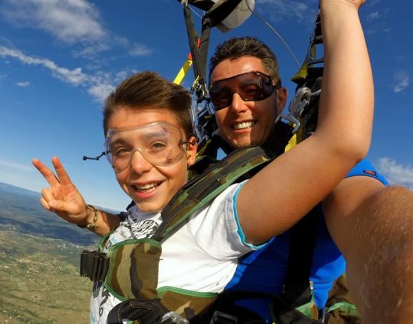 Saut en parachute tandem sur Alès, Aubenas